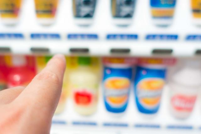 自動販売機を設置する方法とメリット