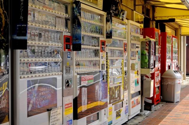 自動販売機の電気代を減らすためには?リスクを減らして儲かる方法